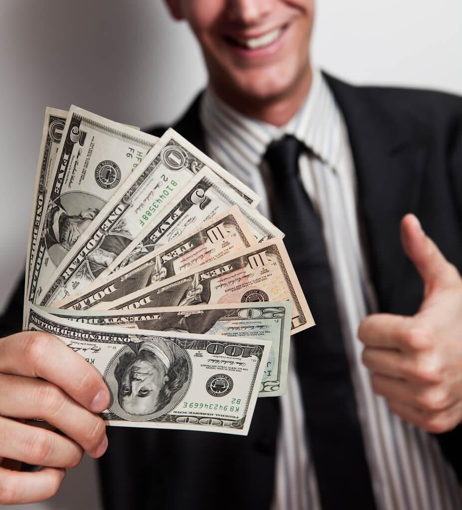 Экономия электричества и инвестиции к пенсии принесут запас на черный день