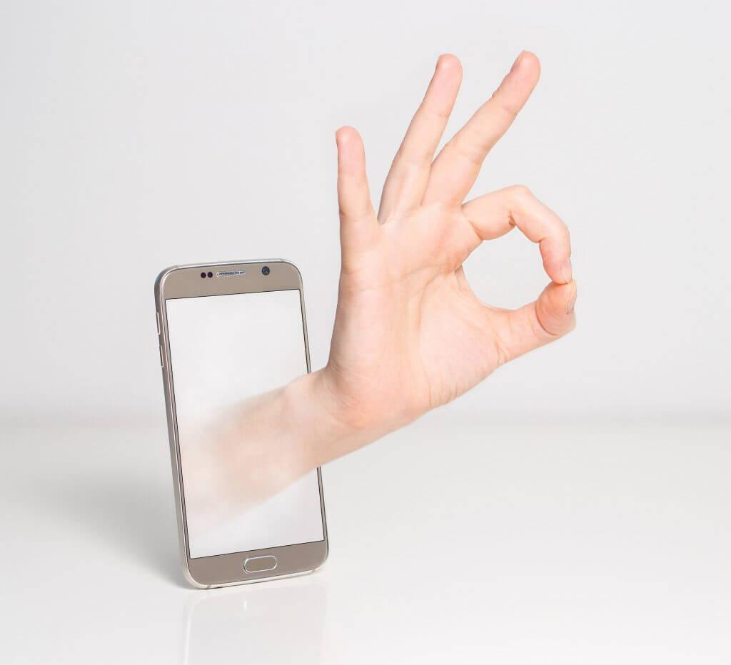 Как безопасно пользоваться мобильным банком